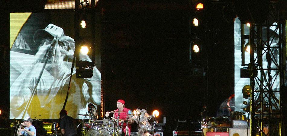 sunaylia_Red_Hot_Chili_Peppers_17