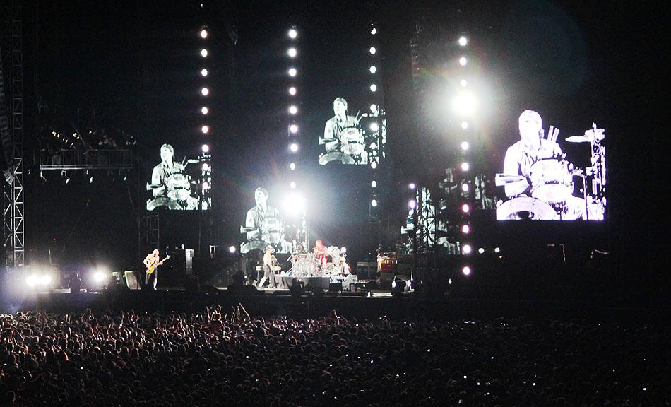 sunaylia_Red_Hot_Chili_Peppers_36