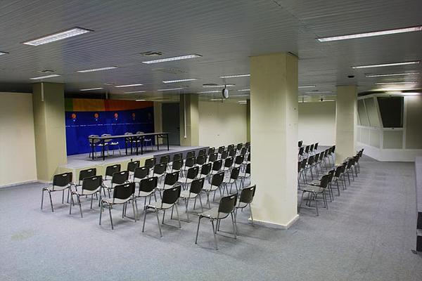 Αίθουσα Β (υπόγειο)
